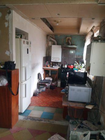 Продам 2х комнатную квартиру с АОГ. Р-н Комсомолец