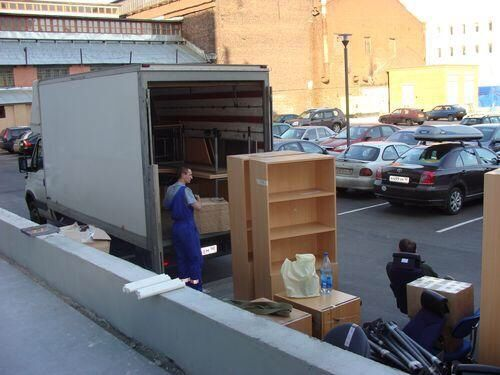 Грузоперевозки, Грузчики, Перевезти мебель Киев