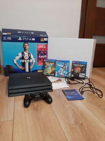PS4 PRO + GRY + PlayStation Plus około 196dni