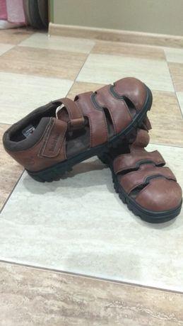 Продам детские сандали фирмы Timberland