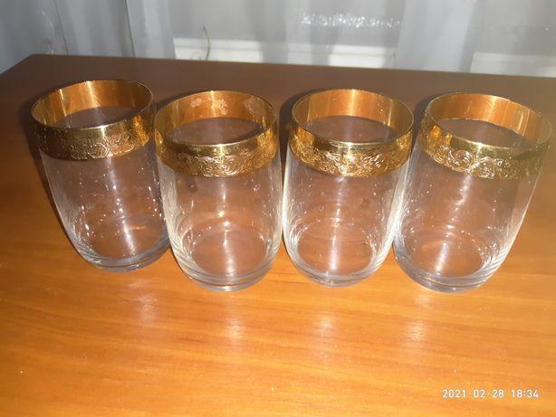 Продам старинные стаканы 100р.