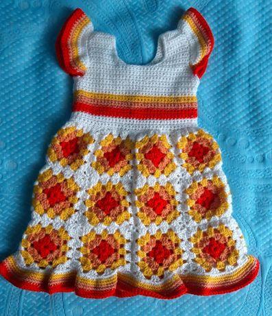 Sukienka szydełkowa rozmiar 68/74