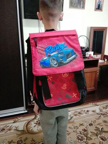 Продаю рюкзак портфель