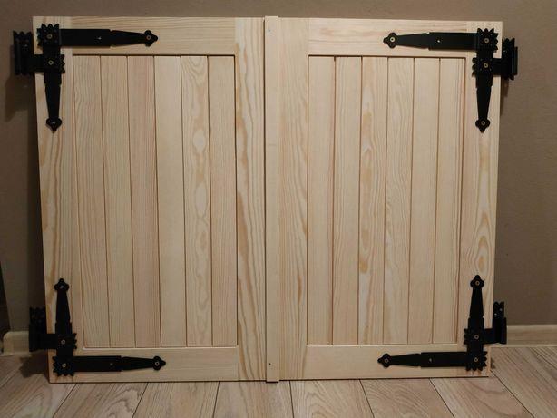 Okiennice drewniane.