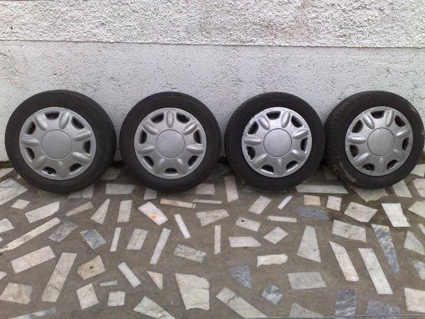 """Jantes e pneus 15"""" Renault Clio III"""
