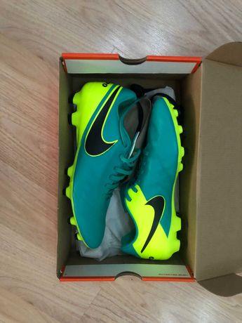 Бутсы Nike  Tiempo Genio II