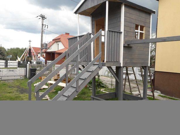 Domek dla dzieci z tarasikiem