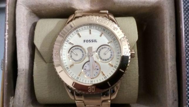 Zegarek Fossil ES2820 kolor złoty stan idealny