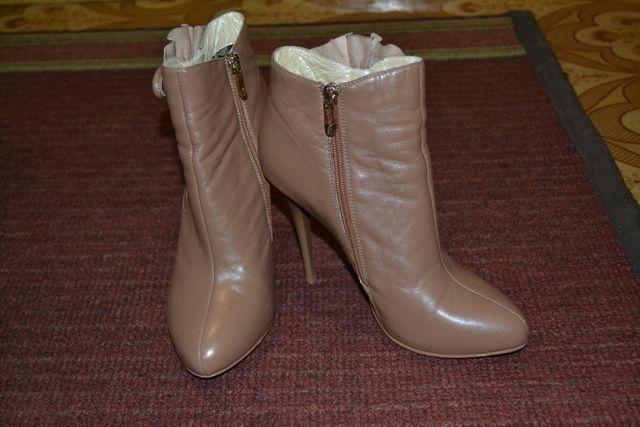 Продам кожаные осенние сапожки, 38 р., 500 грн.