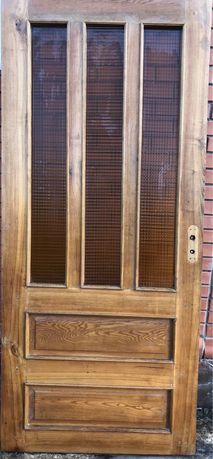 Продам двери , ясень размери 1950/870