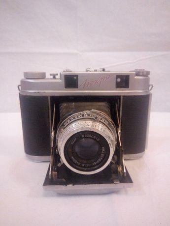 Раритетный фотоаппарат Искра