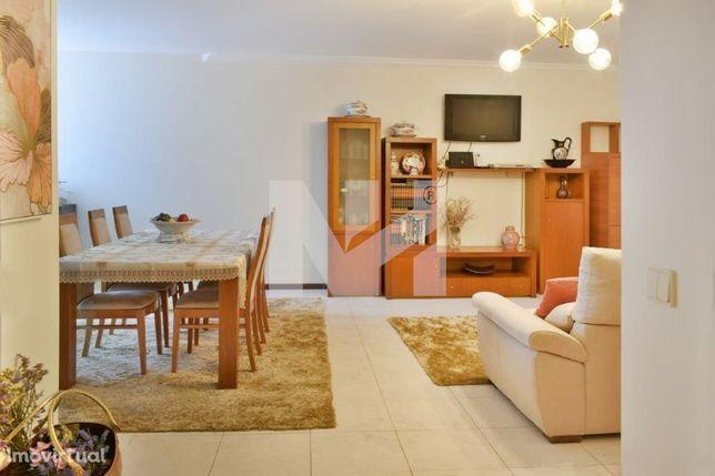 Apartamento T3 | Centro de Vila do Conde | C/ Garagem Fechada