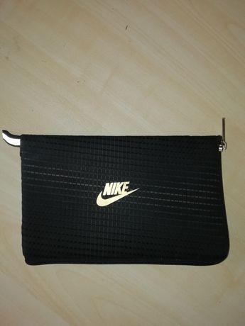 Portfel marki Nike