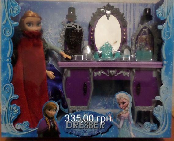 """Набор """"Холодное сердце"""": кукла Анна или Эльза шарнирная с мебелью"""