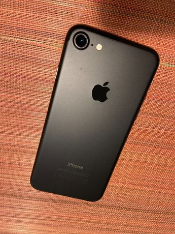 iPhone 7 - 32GB Cinzento sideral