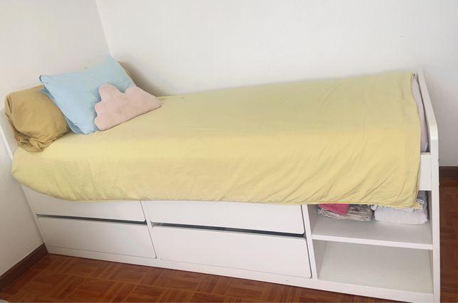 Cama solteiro Ikea com colchão