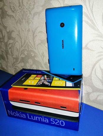 Срочно! Мобильный телефон смартфон Nokia Lumia 520