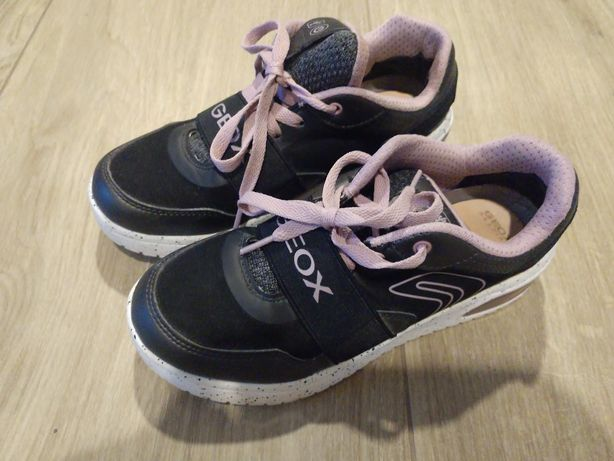 Sneakersy Geox 36