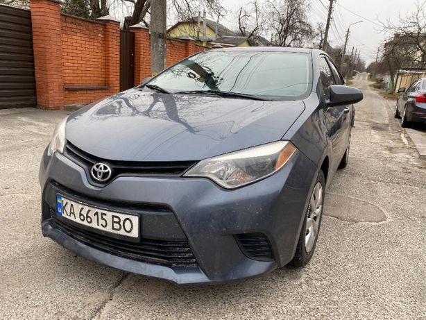 Продам Toyota Corolla 2013г. 102т. пробег