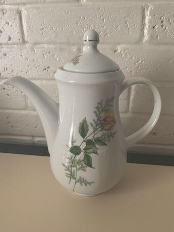 Чайник фарфоровый Kahla 60-70 годов