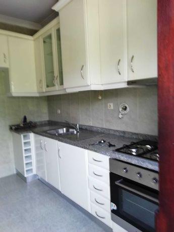 Aluga-se Apartamento moradia T2 em Rio Tinto