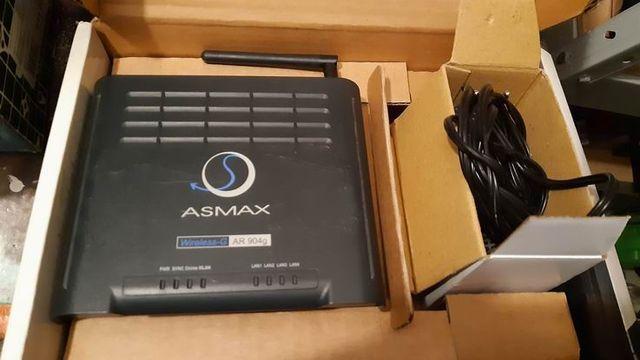 Router AsMax AR 904g.