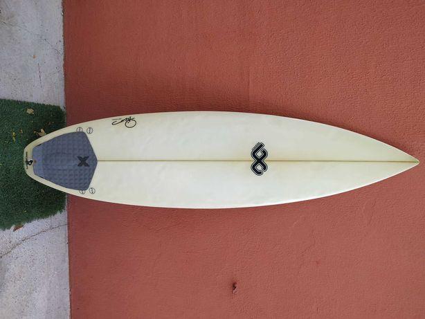 """Prancha de Surf 5""""11 + Leash"""