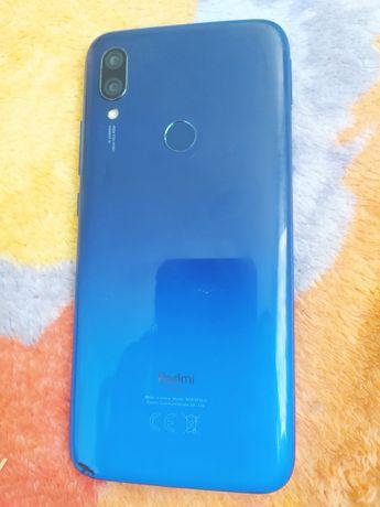 Xiaomi Redmi 7.   .