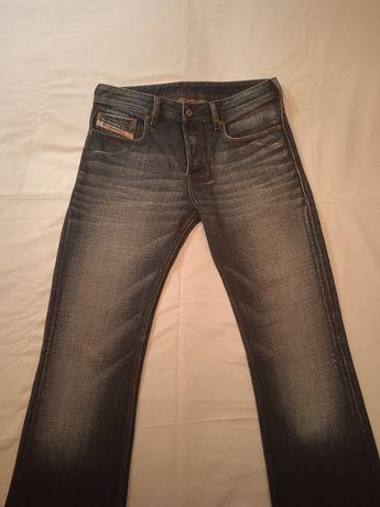 Мужские фирменные джинсы Diesel, производитель Италия.