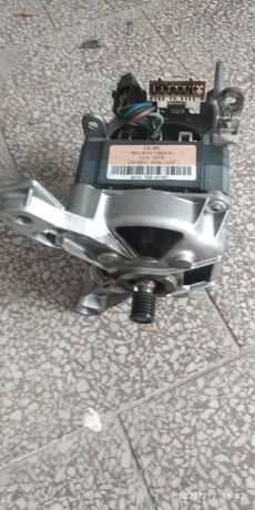 Silnik pralki Whirlpool AWE 6519P