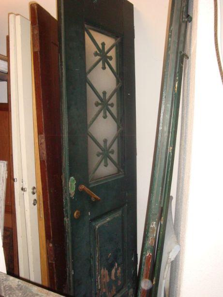 portas de entrada de prédio antigas