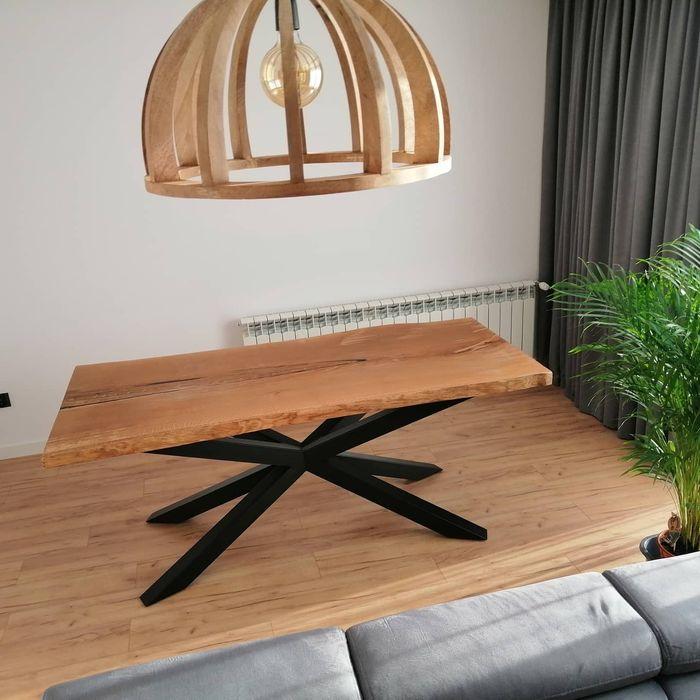 Stół dębowy gigant. Z czarną żywicą. Zakopane - image 1