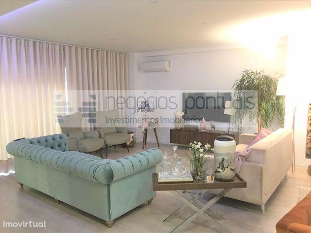 Excelente Apartamento T5 de Luxo na Freguesia Real todo m...