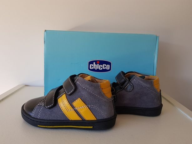 Botas novas da marca Chicco, tamanho 22