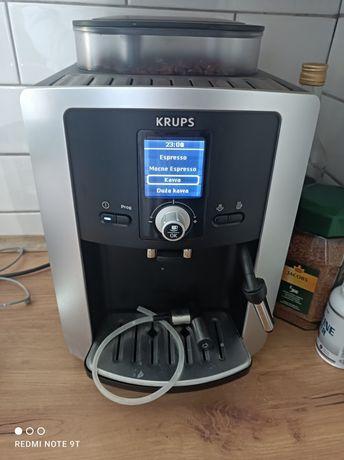 Ekspres do kawy Krups ze spieniaczem