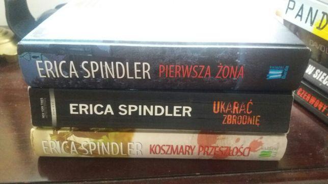 Serie kryminałów poczytnych autorów. Likwidacja biblioteczki domowej.
