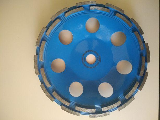 Алмазная чашка (фреза) по бетону Distar ФАТС-W 230 x 22,23 Extra MAX