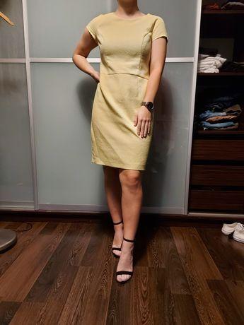 Żółta sukienka z MOHITO
