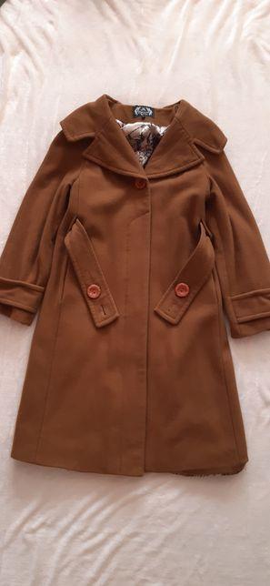 Женское пальто 46 размер
