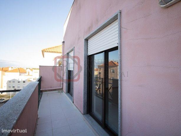 Apartamento T3 com elevador - Quinta Conde – 141.000€
