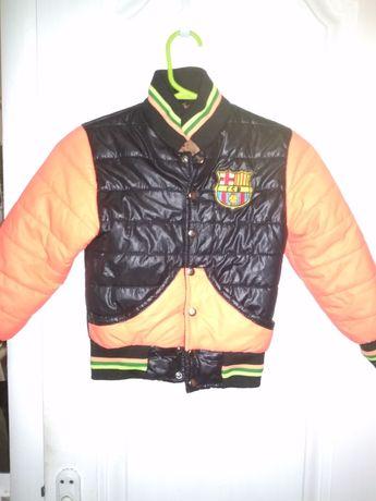 Куртка на мальчика, на сентипоне