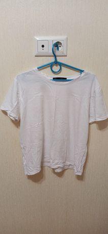 Простая белая футболка M