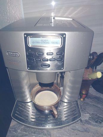 Продам кофемашину Делонги