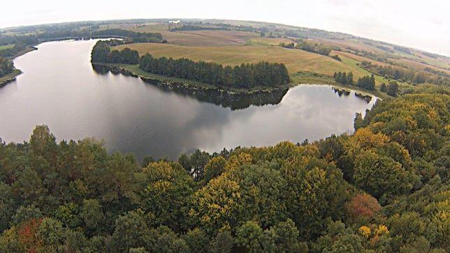 atrakcyjna działka Mazury bezpośrednio przy jeziorze Zalec