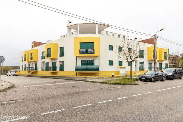 Apartamento T3+T1 Na Praia