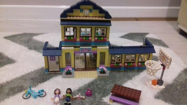 Szkoła w Heartlake Lego Friends