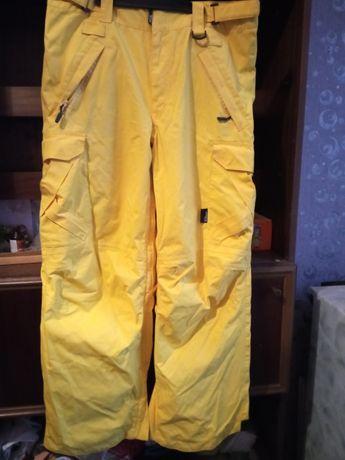 Продам штаны сноубордические Westbeach