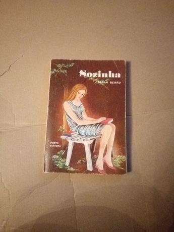 Livro sozinha