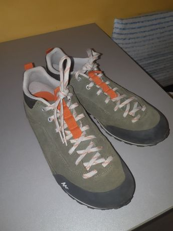 кроссовки мужские quechua 40 размер