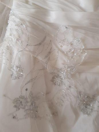 Suknia ślubna L do przerobki i czyszczenia
